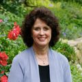Carolyn Clark, Real estate agent in New Canaan