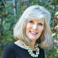 Debe Maxwell, Real estate agent in Charlotte