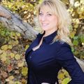 Amanda Toledo, Real estate agent in Porterville