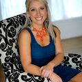 Lauren Szekelyhidi, Real estate agent in San Marcos