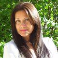 Maria Moragianis, Real estate agent in