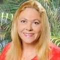 Elaine Cloud Goller, Real estate agent in South Pasadena