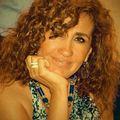 Mariel Munoz, Real estate agent in Elmhurst