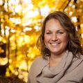 Amanda Abramson, Real estate agent in