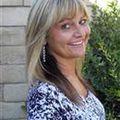 Tammy Delwarte, Real estate agent in Northridge