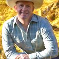 Travis Bloomer, Real estate agent in Pendleton
