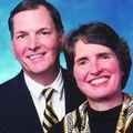 Bob & Carolyn Walters, Real estate agent in louisville