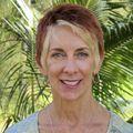 Elaine Schaefer, Real estate agent in Princeville