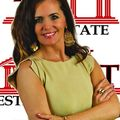 Leanne Shoppell, Real estate agent in Columbia City