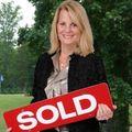 Anna Lee, Real estate agent in Fredericksburg