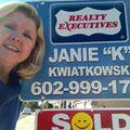 Janie Kwiatkowski, Real estate agent in Phoenix