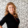 Alicia Porter, Real estate agent in Hiawatha