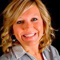 Caitlin Behrends, Real estate agent in Peoria