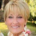 Pamela Averill, Real estate agent in Muskegon