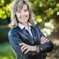 Lisa Ballard, Real estate agent in Valley Center