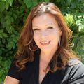 Patricia Ruiz, Real estate agent in