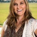Anna Hawkins, Real estate agent in Klamath Falls