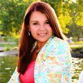 Amanda Jo Brown, Real estate agent in Cambridge