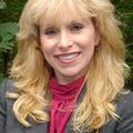 Donna Pitrelli, Real estate agent in Huntington