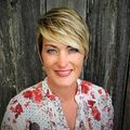 Elisa Buckley, Real estate agent in Lake Oswego
