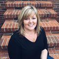 Lisa Meinte, Real estate agent in Anderson