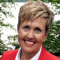 Jane O'Leary, Real estate agent in Grand Rapids