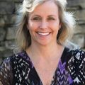 Julie Wall Burris, Real estate agent in Charlotte