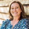 Amber Hale, Real estate agent in Santa Fe