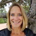 Julie Lenox, Real estate agent in Sterling