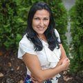 Oksana Malayeva, Real estate agent in Oceanside