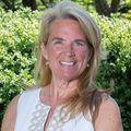 Hope OBrien, Real estate agent in Oak Bluffs