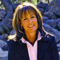 Cathy Titus, Real estate agent in Ojai