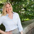 <em>Lora</em> Dettinger, Real estate agent in New York