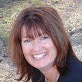 Karen Cosentino, Real estate agent in Prunedale