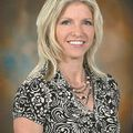 Yvonne Danyluk, Real estate agent in Hutchinson