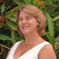 Gina Parola, Real estate agent in Lahaina