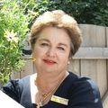 Valentina Yarr, Real estate agent in Roseville