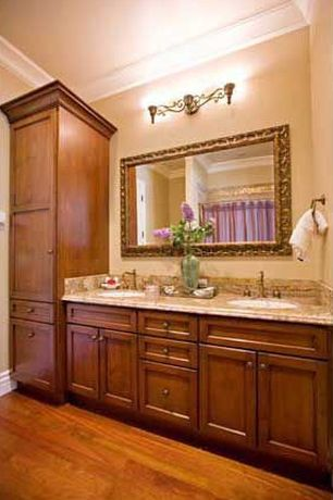 White bathroom ideas design accessories pictures for Bathroom remodel zillow