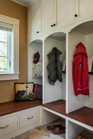 Mid Range Craftsman Mud Room Design Ideas Amp Pictures