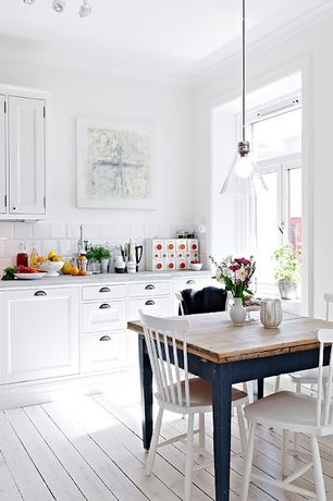 Cottage white kitchen design ideas pictures zillow for Kitchen design zillow