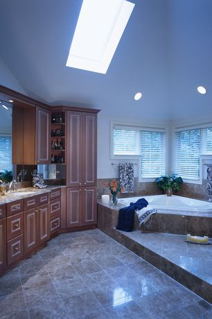 Craftsman master bathroom design ideas pictures zillow for Bathroom remodel zillow