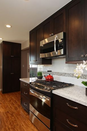 Modern kitchen subway tile design ideas pictures for Kitchen ideas zillow