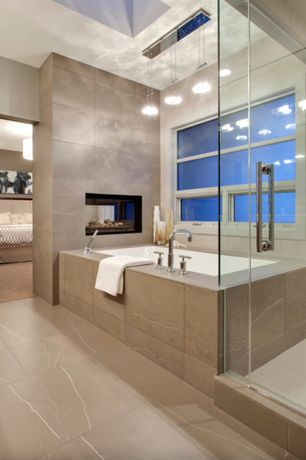 Contemporary master bathroom design ideas pictures for Bathroom remodel zillow