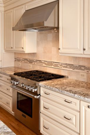 White kitchen cabinets design ideas pictures zillow for Kitchen design zillow