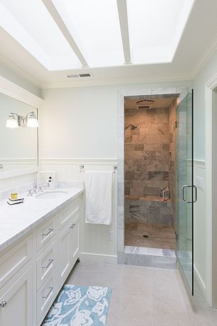 5 Tags Cottage 3 4 Bathroom With Complex Marble Counters Skylight Wainscoting Cochrane
