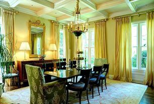 1 Tag Traditional Dining Room With Chandelier High Ceiling Hardwood Floors Box Carpet
