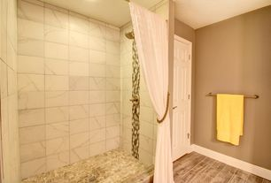 1 Tag Transitional Full Bathroom With Hardwood Floors High Ceiling