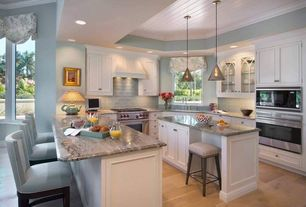 Cottage kitchen ceiling fan design ideas pictures for Kitchen design zillow