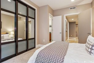 1 tag guest bedroom with high ceiling carpet