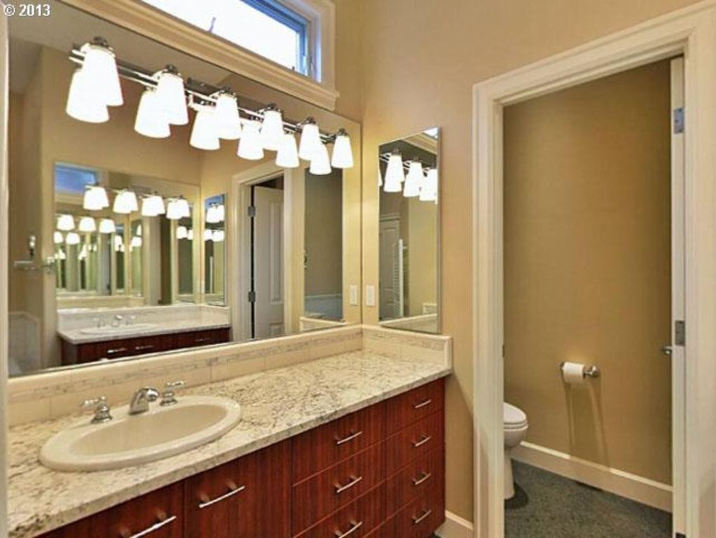 Craftsman Full Bathroom In Portland Or Zillow Digs